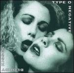 Bloody Kisses [PA] [Digipak]